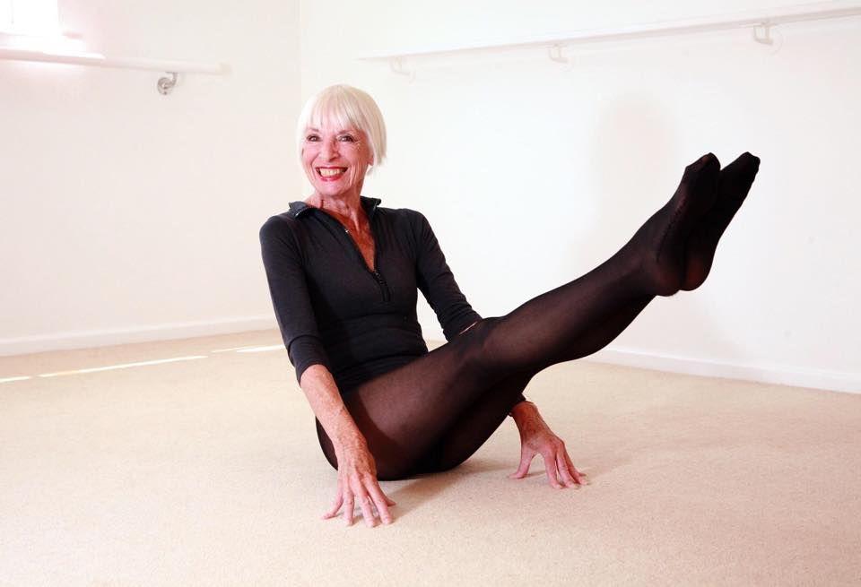 """Rețeta TINEREȚII vine de la o femeie de 82 de ani. Dovada că MENTALUL domină trupul. Oricine poate aplica sfaturile ei: """"Odată devenite RUTINĂ ZILNICĂ, începi să întinerești!"""""""