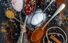 Un ingredient din bucătăriile tuturor pune capăt rapid MIGRENELOR sâcâitoare