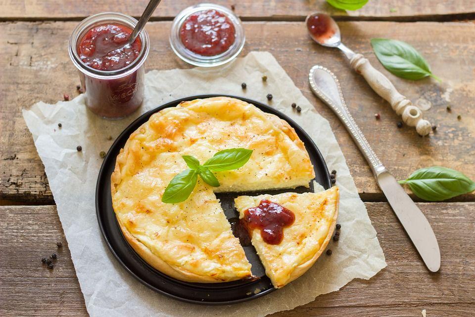 Organismul are ORARUL său propriu. Ce alimente nu avem voie seara, dar dimineața sunt miraculoase?