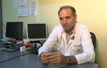 """Un oncolog român a explicat de ce apare cancerul. """"Acest aliment ar trebui să dispară din alimentația oricăruia dintre noi, e otravă"""""""