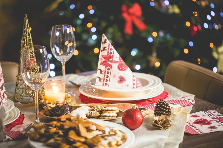 Ce, cât și cum mâncăm de Crăciun? Așa se prepară corect carnea de porc