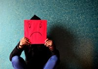 Depresia de duminică. De ce ne apucă tristețea la finalul weekendului și urâm atât de tare ziua de luni
