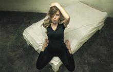 Cinci poziții de amor care le scot din minți pe femei