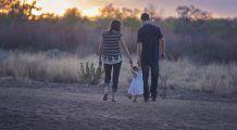 Doar 1 din 10 părinţi nu şi-ar lovi niciodată copilul; 1 din 2 părinţi cred că lovirea e pentru binele lui