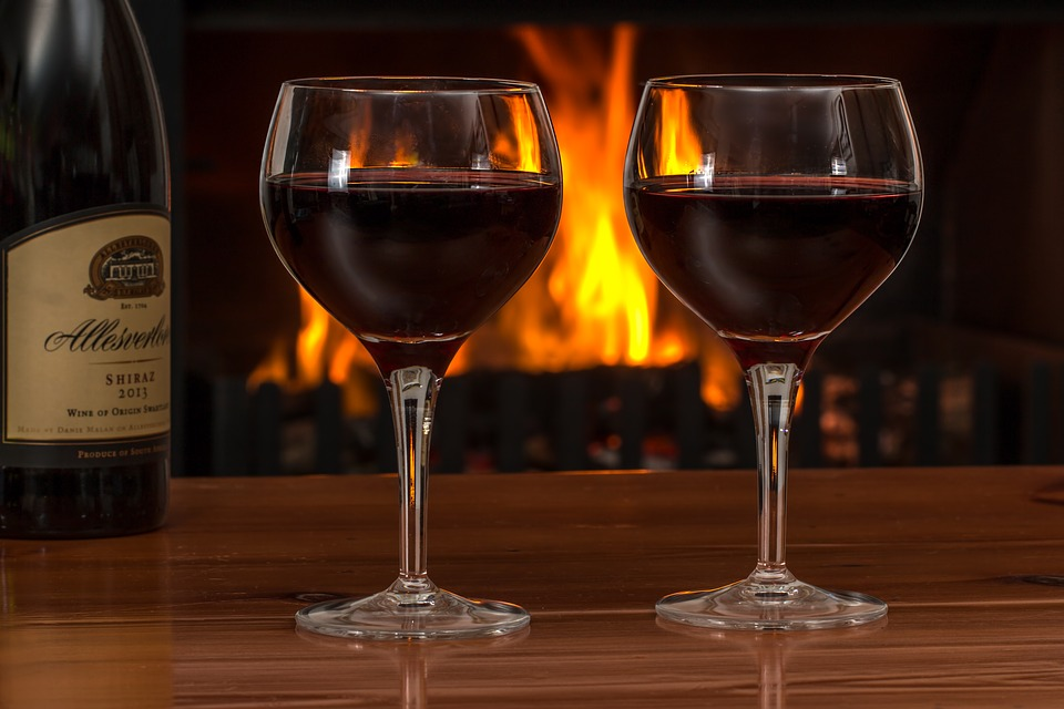 Care este ADEVĂRATUL efect al ALCOOLULUI asupra CREIERULUI uman. Amănunte INCREDIBILE despre legătura dintre religie și alcool