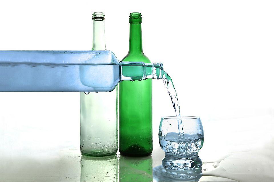 Incredibil! O apă apreciată de MILIOANE de români va dispărea de pe piață! Producătorul a dat FALIMENT! Breaking News