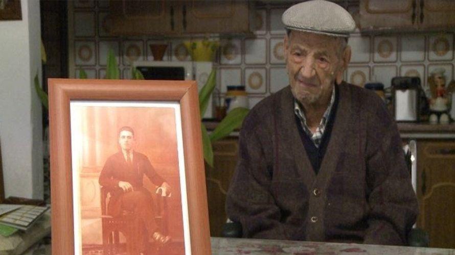 Cum a reușit acest bărbat să ajungă la 113 ani. Bea în fiecare zi un pahar de...