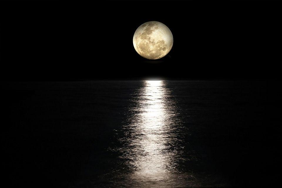 Ce aduce această Luna Neagră RARĂ a lui februarie. Se întâmplă o dată la 19 ani