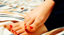 """Ortoped: """"Acest tip de încălțăminte deformează gleznele și reprezintă un coșmar pentru picioare"""""""