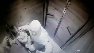 Ce spune un psiholog despre bărbatul care a agresat doi copii în lift. Informții importante despre identitatea individului