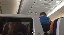 """Pasagerii unui zbor de 8 ore s-au declarat TRAUMATIZAȚI după ce un copil a țipat încontinuu. """"Chemați exorcistul!"""" – Video în articol"""