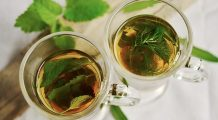 Decoctul MINUNE care curăță FICATUL și RINICHII! Eliminați toxinele din organism