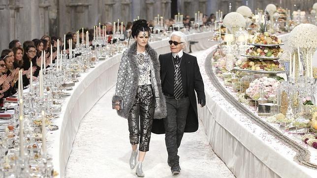 """Un celebru designer face declarații șocante: """"Dacă nu vrei să-ți fie dați jos pantalonii, nu deveni model, mergi la mănăstire!"""""""