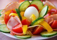 Trucuri pentru o alimentație corectă. 5 pași simpli pentru o farfurie curată