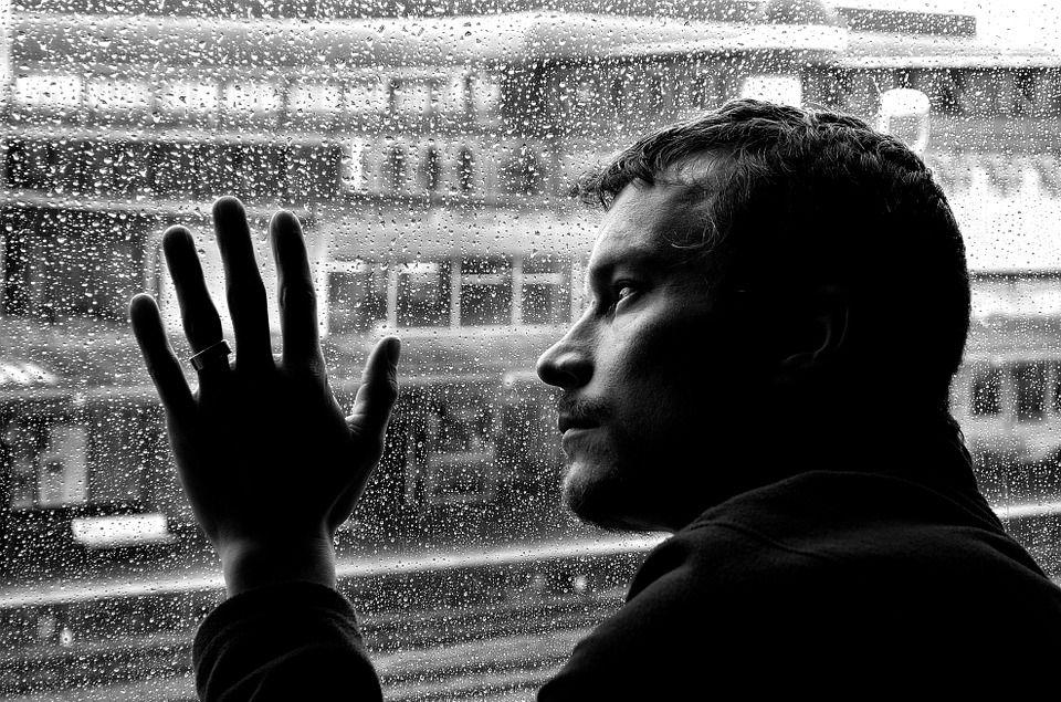 Un psihiatru de la Cambridge aruncă bomba: DEPRESIA este o boală fizică, nu psihică