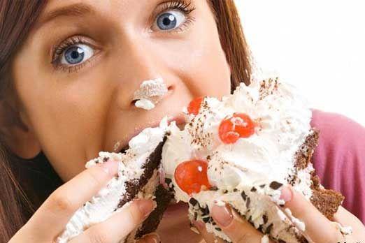 """Mihaela Bilic: """"Pofta de DULCE este o calmare a minții noastre, un anestezic."""" Cum ne înfrângem dorința de a mânca desert"""