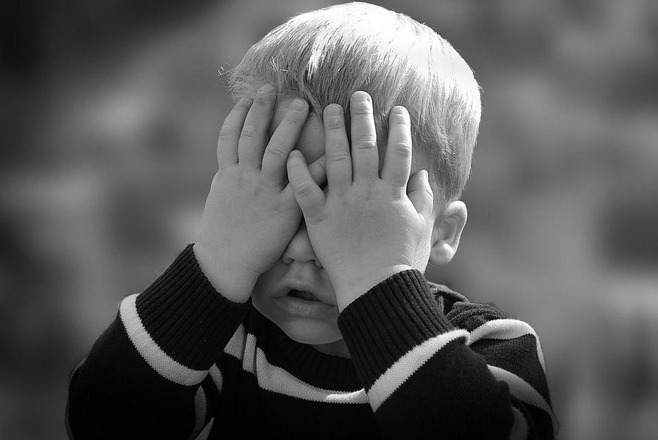 10 pași esențiali în drumul copilului de acasă la grădiniță