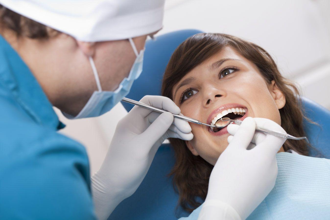 La ce complicații să ne așteptăm, dacă nu ne tratăm cariile dentare