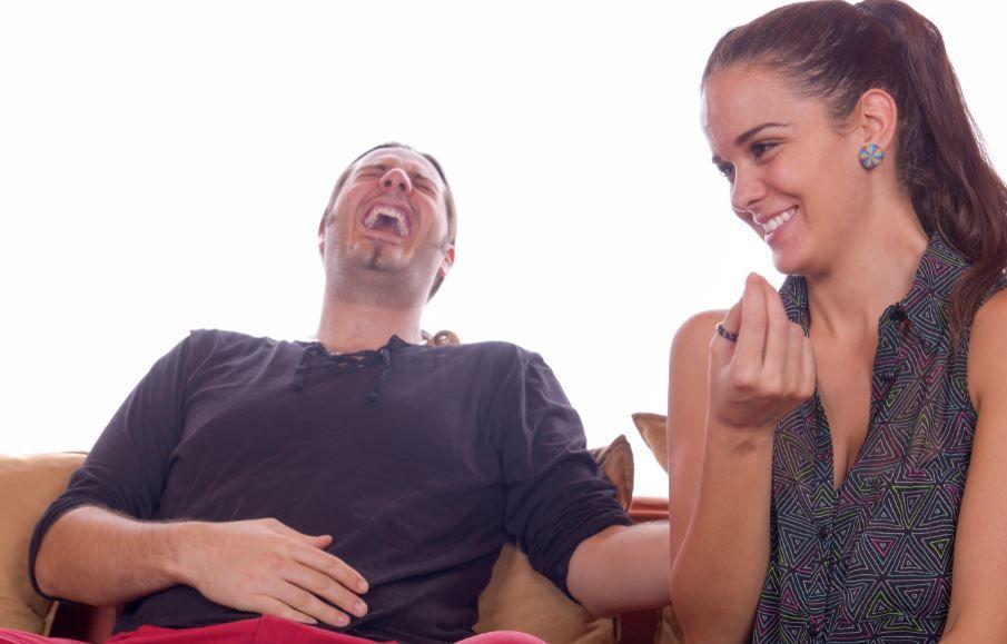 Râsul, un pericol? Se poate muri de râs sau e doar un mit?