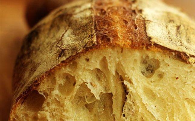Boala provocată de consumul de pâine. O poți avea ani de zile fără să știi