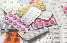 Fumezi, ai 35 de ani și iei anticoncepționale? Iată la ce riscuri te supui!