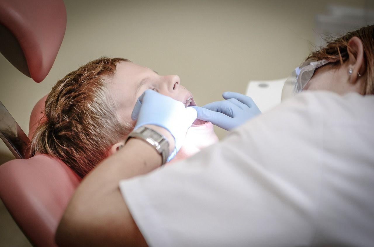 Cum prevenim sensibilitatea dentară la copil