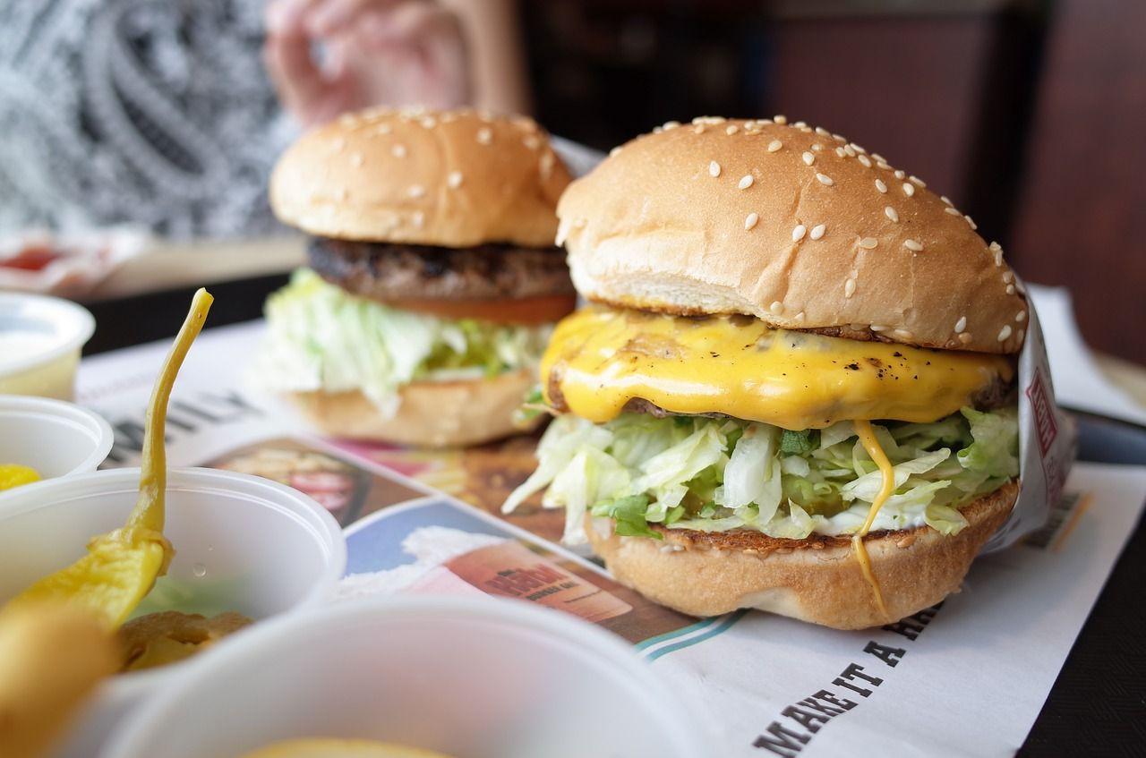 Mărimea medie a taliei a crescut odată cu extinderea restaurantelor fast-food