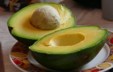Avocado, fructul care protejează inima