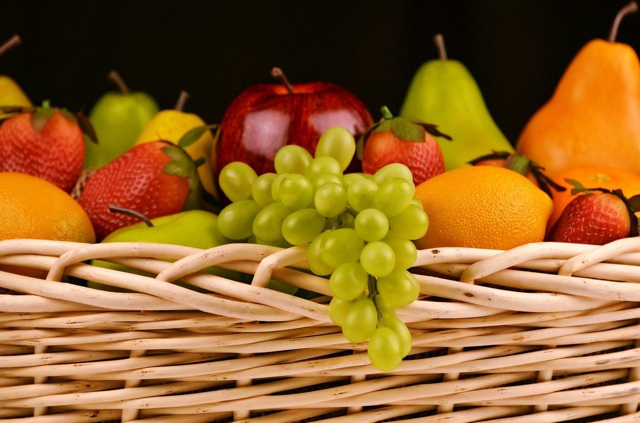 Cât de periculos e să mănânci fructe nespălate