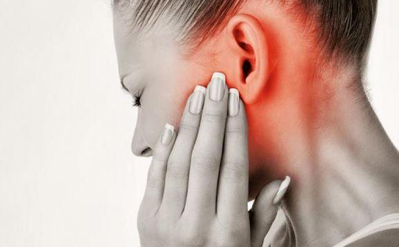 Otita, boala foarte gravă, care netratată duce la multe complicații. Ce semne trebuie să te trimită la medic