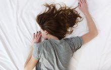Transpirațiile nocturne, semnul unor afecțiuni grave