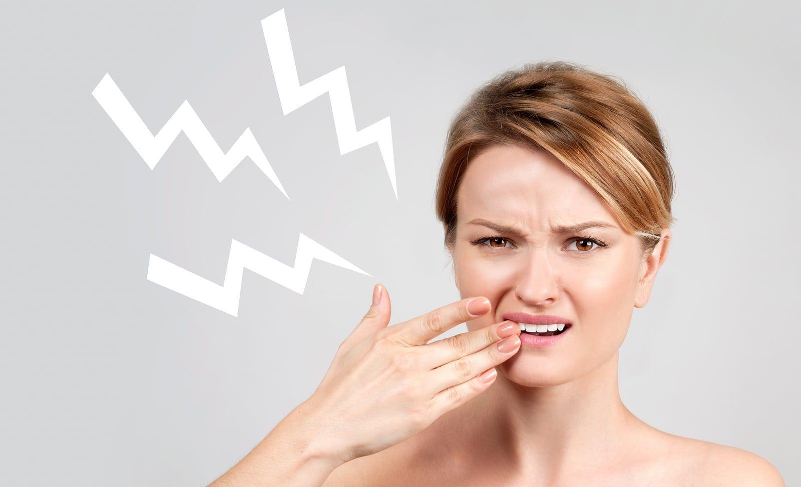 Un cunoscut medic stomatolog a dezvăluit secretul prin care poți scăpa de sensibilitatea dentară