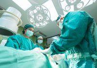Premieră medicală în SUA: Transplant de rinichi de la o donatoare infectată cu HIV