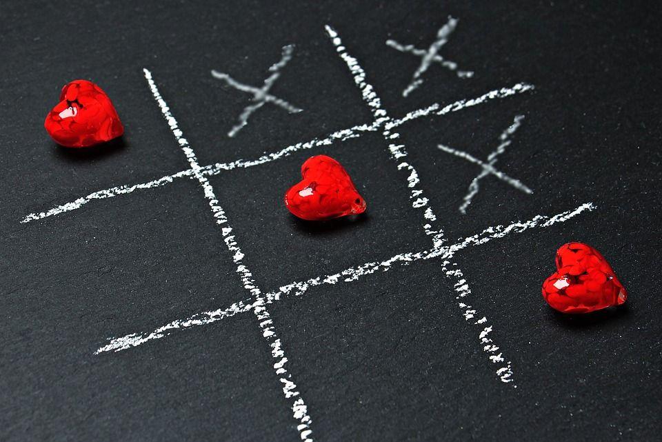 Omul între iubire și frică. Un cunoscut psiholog atenționează: Opusul iubirii este, paradoxal, nu ura, ci frica