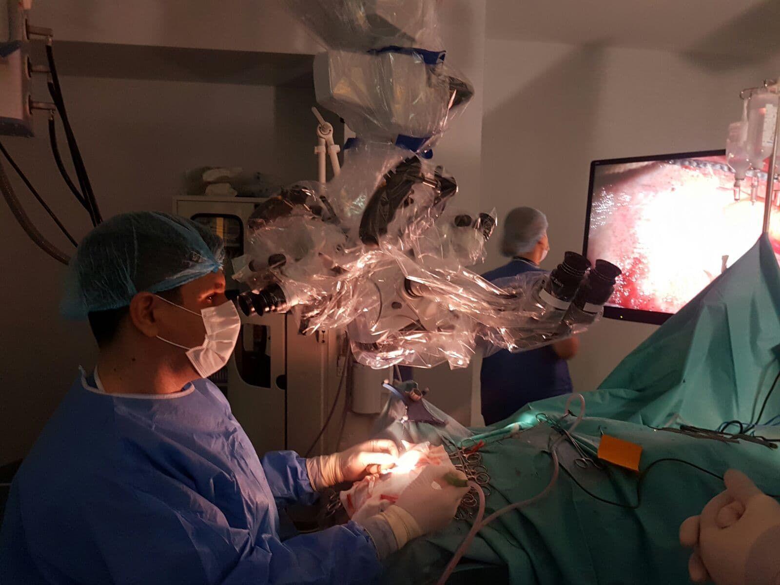 Cum este viața după operația de hernie de disc? Ce trebuie să știm înainte și după intervenție