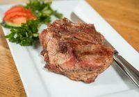 Carnea care îți crește riscul de cancer colorectal, chiar dacă este consumată în cantități mici