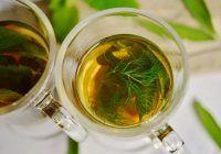 5 ceaiuri care fac minuni după mesele copioase, recomandate de fitoterapeut
