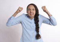 Cum ieșim învingătoare din lupta cu furia. De ce este atât de greu să te calmezi?