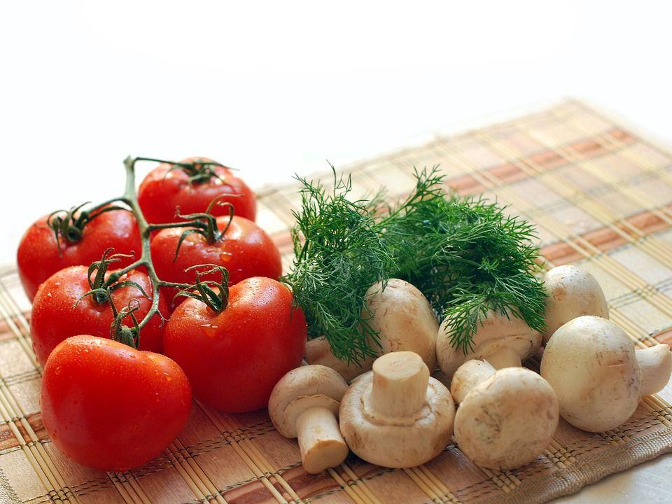 Ce să consumi primăvara și vara pentru o sănătate de fier. Super alimentele care accelerează imunitatea și metabolismul, te țin departe de boli și apatie