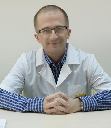 DocPlay cu dr. Tudor Arbănaș. Tot ce trebuie să știi despre colonoscopie, cea mai bună metodă de screening și prevenție pentru cancerul colorectal