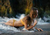 Riscuri serioase pentru femeile care își epilează complet părul pubian