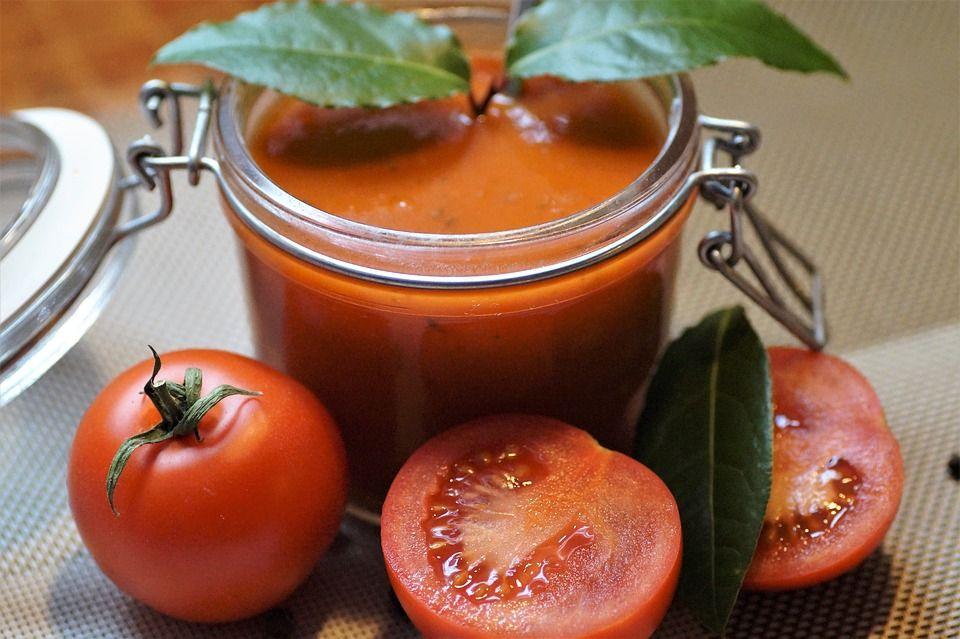 Supa de roșii, o masă delicioasă și hrănitoare. Cum se face