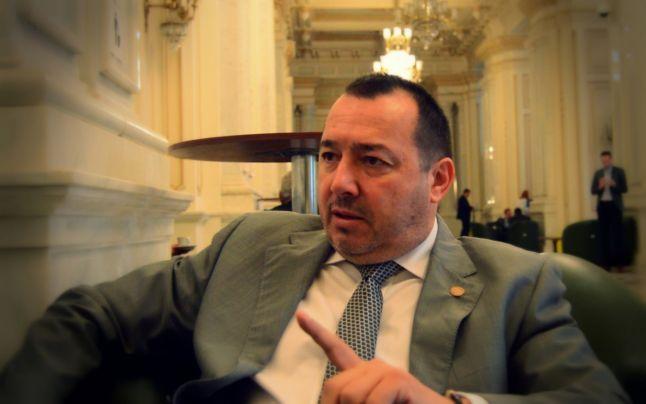 """Deputatul PSD Cătălin Rădulescu spune că e posibil ca Alexandra și Luiza să fie în viață. """"Ce caută DIICOT-ul în această poveste, dacă nu există suspiciunea unui trafic de persoane?"""""""