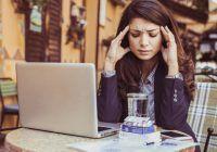 Neurolog: Durerea de cap este un simptom. Poate să fie semnalul unei tumori, a hipertensiunii, trombozei venoase sau a unui anevrism rupt