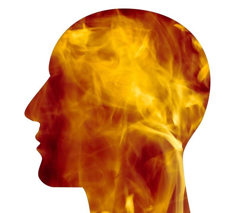VIDEO. Edem cerebral de la prea mult soare. Cum acorzi primul ajutor în caz de insolație