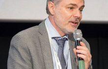 """Dr. Mihai Craiu: Excesul de curățenie este rău. Dragi părinți, fiți mai relaxați cu atingerile nevinovate ale unui animal, leagăn, copac"""""""