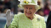 Alimentele pe care Regina Elisabeta a II-a le-a interzis în meniul palatului, dar și desertul în fața căruia nu rezistă: îl consumă zilnic