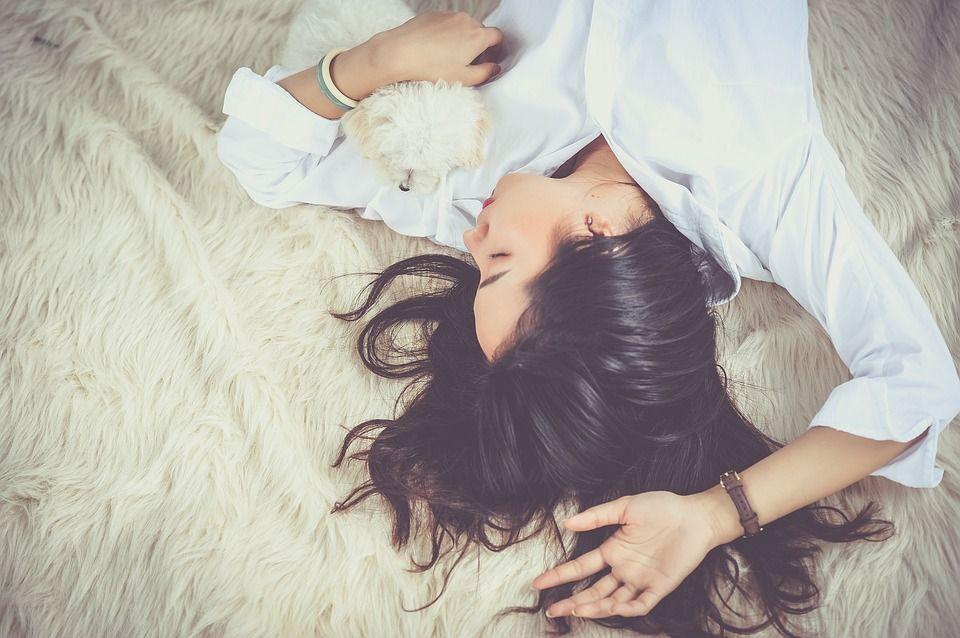 """Ce boli poți face dacă nu dormi bine. Dr. Florin Mihălţan: """"Se poate ajunge și la cancer"""""""