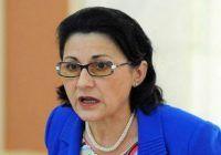 """Ecaterina Andronescu, comentariu în cazul Caracal: """"Totuşi, eu am învăţat de acasă să nu mă urc în nicio maşină străină"""""""