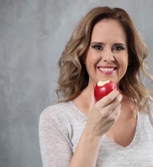 Mihaela Bilic: Alimentul inegalabil conține lecitină și cele mai bune proteine, nu îngrașă și-ți hrănește creierul. Este un concentrat de nutrienți